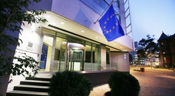 Substitute member state embassies and international memberships with EU